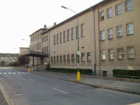 Spojená škola Hálkova